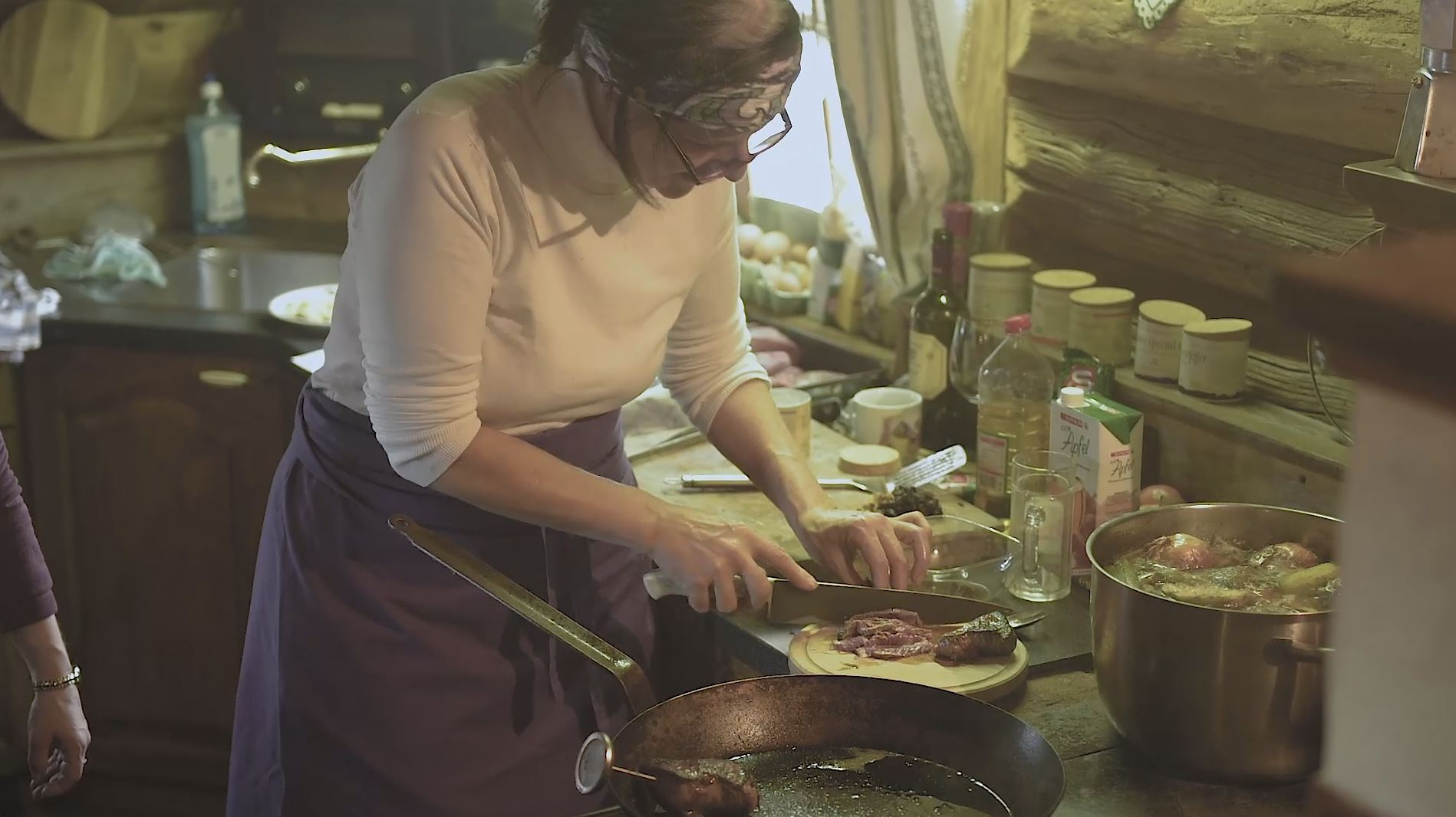 Video – Anna Scheffer über ihren Holzofen Kochworkshop